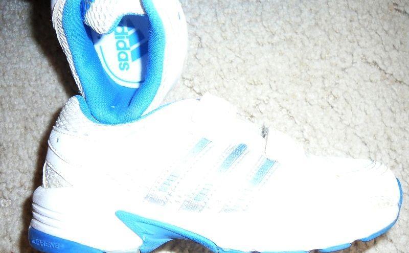 2fb7eb27e039c Predám detské tenisky zn. Adidas - Detská obuv Nitra - Na Predaj .EU